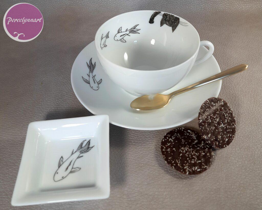 tasse porcelaine peinte à la main motif chat la